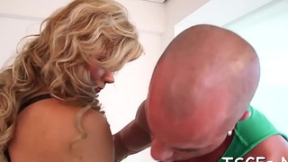 Honey with cock gets ass poked