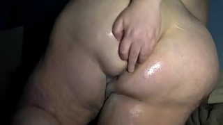 BBW Oiled Ass Spread - Pumhot.com